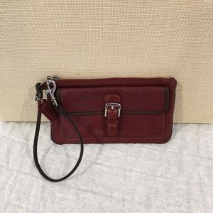 Authentic Coach pochette wallet